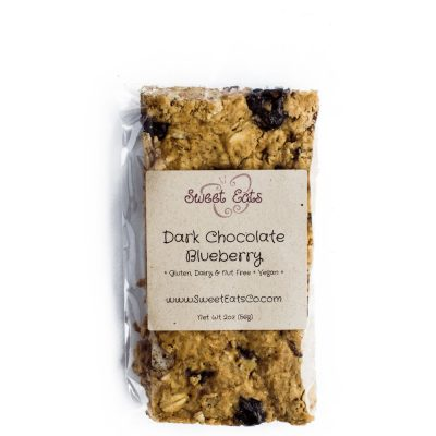 Dark Chocolate Blueberry Granola Bar